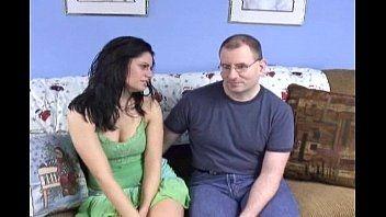 Maridão comeu a esposa madura e fez ela gozar que nem louca