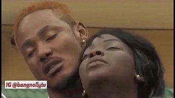 Negra do brazzers vídeo transa pelada e mete empinada