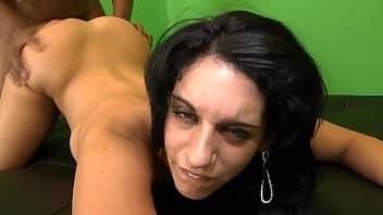 Porno da mulher big bunduda de quatro dando para o safado