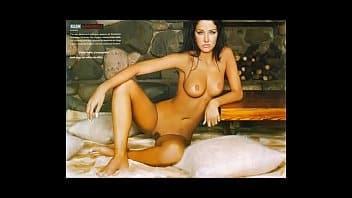Helen ganzarolli nua mostrando o seu corpaço