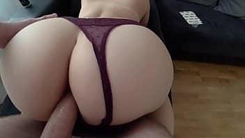 Massagem anal com a piroca grossa do marmanjo