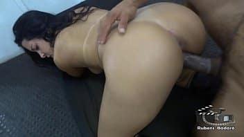 Xvideo.com atriz tesuda dando a buceta e o cu