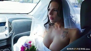 Comendo a ex no dia que ela casou com o corno