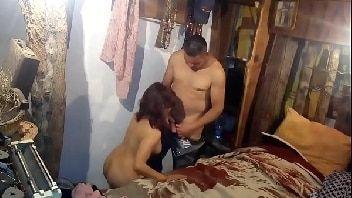 Incesto xxx corno compartilhando a esposa gostosinha com o irmão