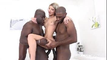 Os melhores filmes porno interracial loira magrinha com dois negão